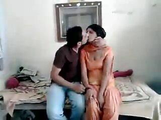 बूढ़ा आदमी 18 + किशोर fucks सेक्सी सेक्सी हिंदी मूवी