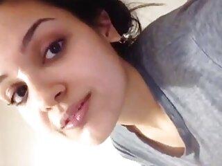 वह कमबख्त सेक्सी मूवी फुल एचडी हिंदी में प्यार करता है !! 15