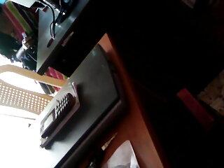 एलेन स्ट्रिपिंग और सेक्सी पिक्चर हिंदी फुल मूवी बोतल कमबख्त बीवीआर