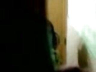 युवा समलैंगिक पैर बुत। सेक्सी फिल्म मूवी हिंदी