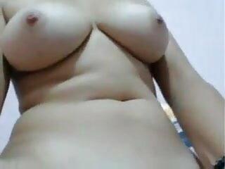 मेरे एमआईएलए बॉलीवुड सेक्सी हिंदी मूवी उजागर शौकिया एमआईएलए चमकती स्तन और बिल्ली आउटडोर