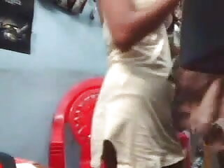 गैडिटानो स्तन दिखाते हैं हिंदी मूवी सेक्सी