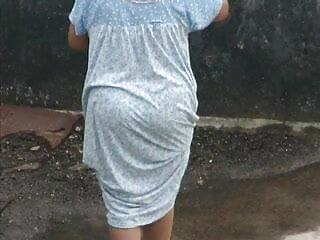 सेक्सी मुर्गा चूसने सेक्सी मूवी हिंदी में वीडियो फूहड़ पत्नी