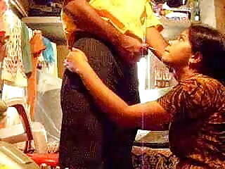दादी सेक्सी एचडी हिंदी मूवी और जवान आदमी - 10